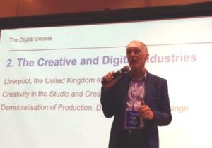 creative industries expert and creative economy speaker David Parrish speaking at the Digital Debate for the digital industries in Colombia