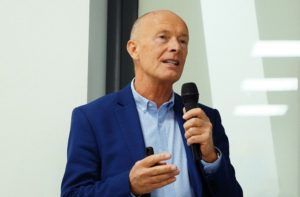 David Parrish speaking in Cluj